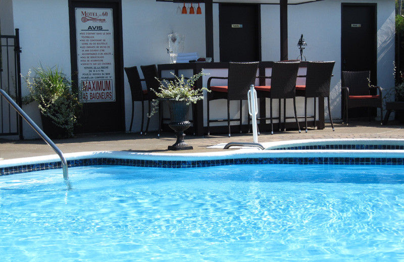 Outdoor Swimming Pool at Complexe le 60