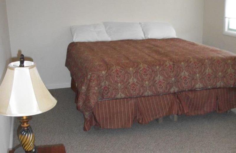 Guest room at Pinecrest Camp Lodge.