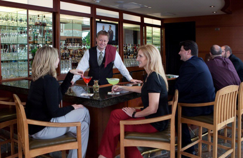Couples at the bar at Eaglewood Resort & Spa.