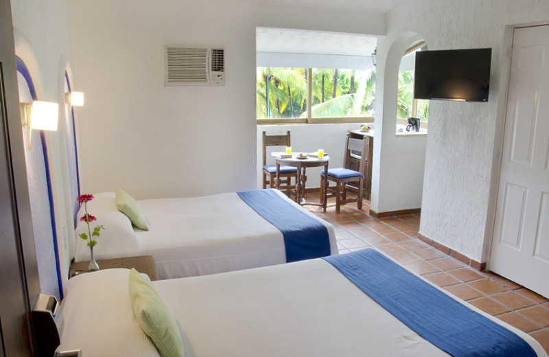 Guest room at Villa Varadero.