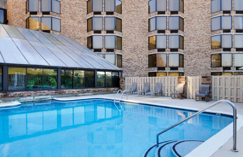 Outdoor pool at Doubletree Hotel Johnson City.