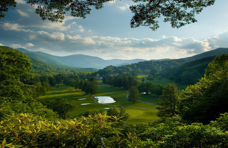 Golf course near Smoky Mountain Retreat Realty.