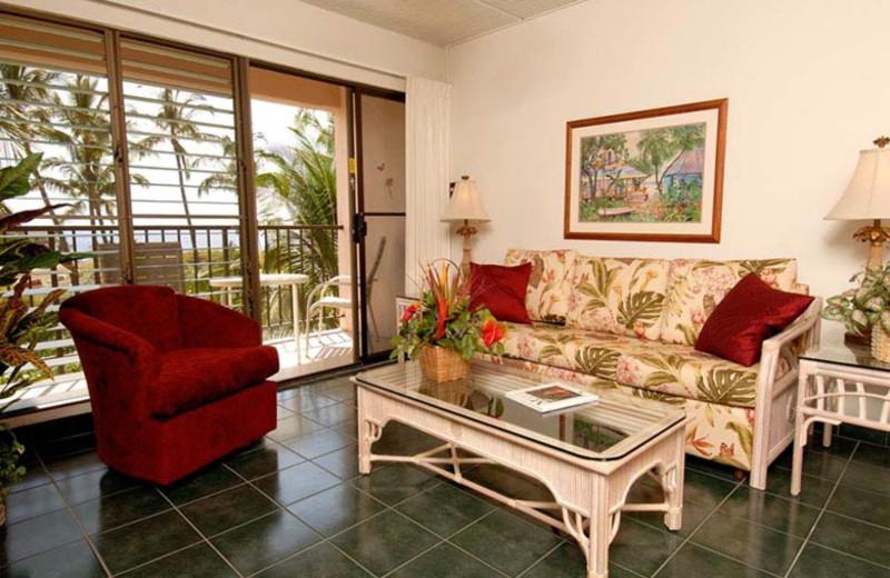 Vacation rental living room at Kihei Akahi.