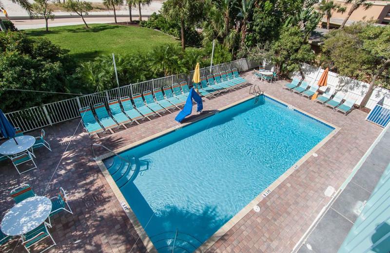 Outdoor pool at Sunsational Beach Rentals. LLC.