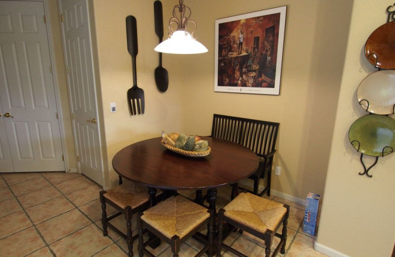 Vacation rental table at SkyRun Vacation Rentals - Scottsdale, Arizona.