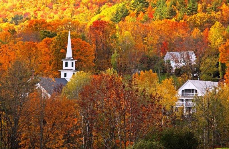 Fall colors at Rabbit Hill Inn.