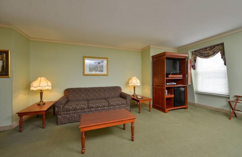 Guest living room at Bar Harbor Grand Hotel.