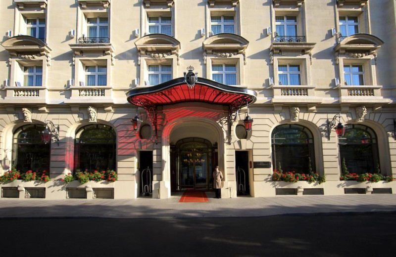 Exterior view of Royal Monceau.