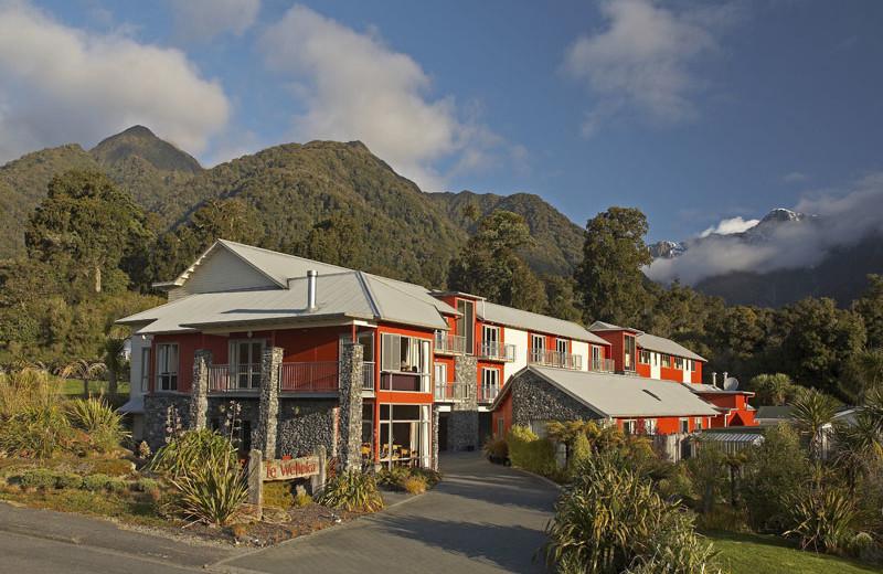 Exterior view of Te Weheka Inn Fox Glacier.