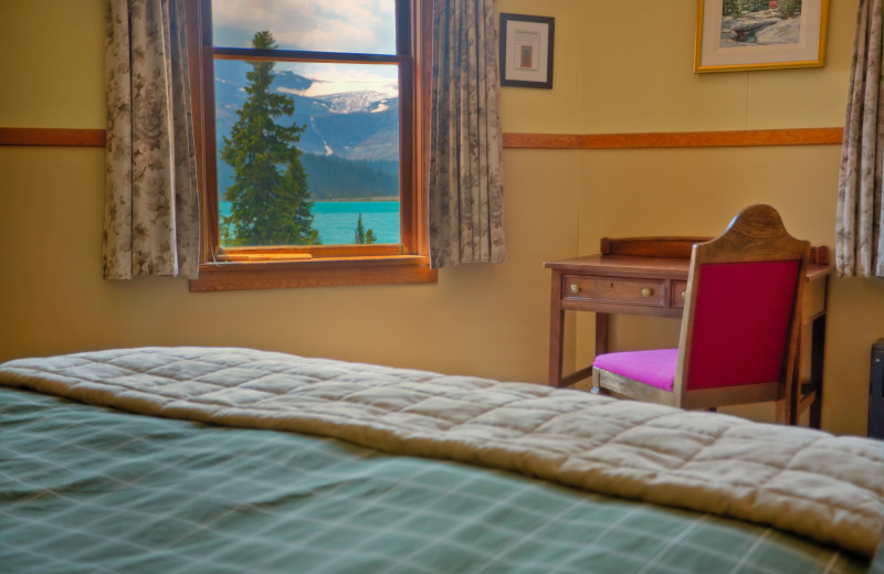 Guest Room at Simpson's Num-Ti-Jah Lodge
