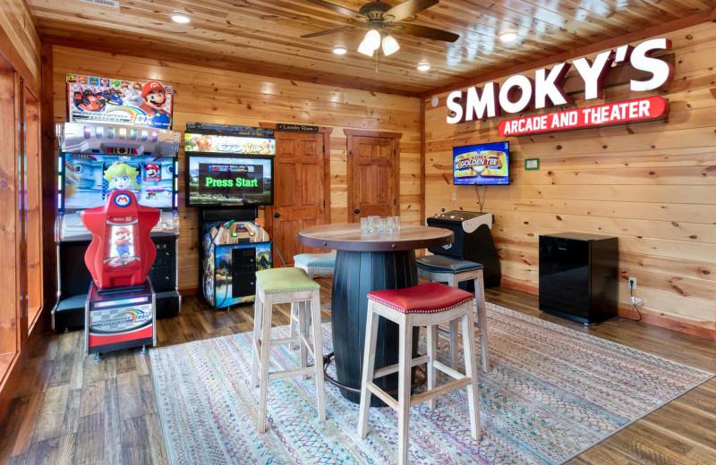 Rental arcade at Natural Retreats Great Smoky Mountains.