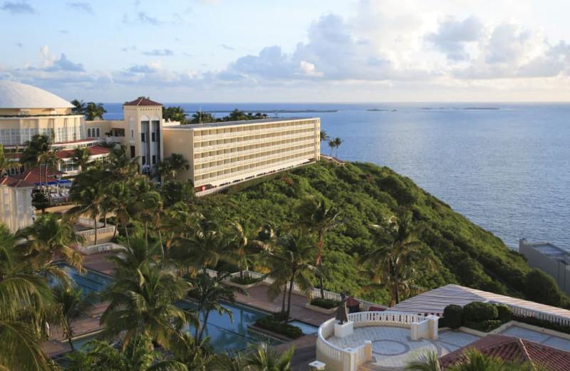 Exterior view of Wyndham El Conquistador Resort.