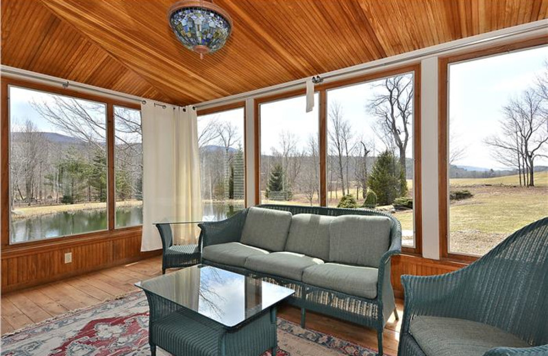 Little River Lodge - Stowe Country Homes