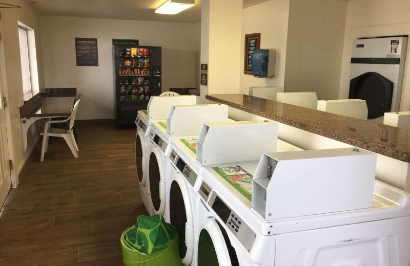 Laundry room at Best Western Plus Ruby's Inn.
