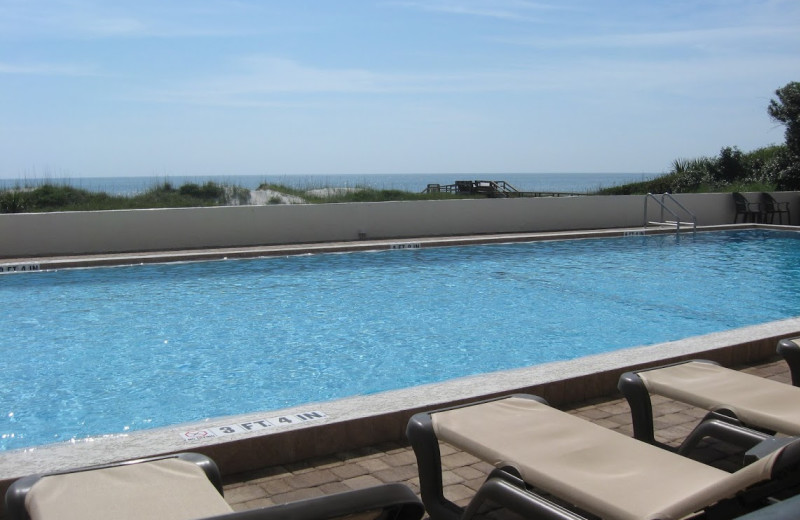 Outdoor pool at Beacher's Lodge Oceanfront Suites.