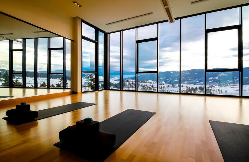 Yoga at Sparkling Hill Resort.