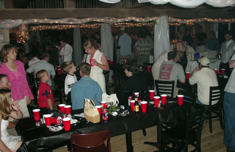 Party dining at  Elk Ridge Ranch.