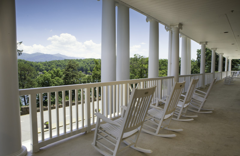 Rocking chairs on the veranda at Lambuth Inn.