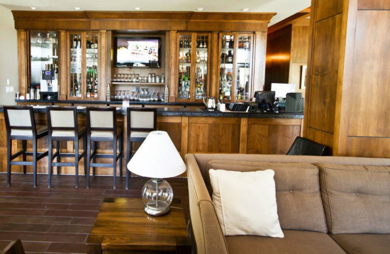 Bar at The Oswego Hotel.