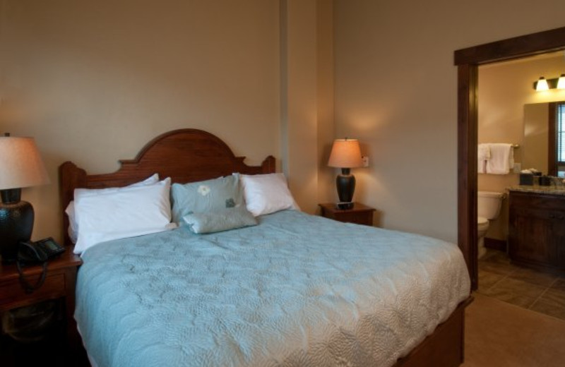 Guest room at Grand Lodge on Peak 7.
