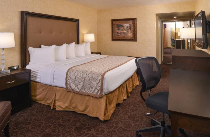 Guest room at Abbey Inn.