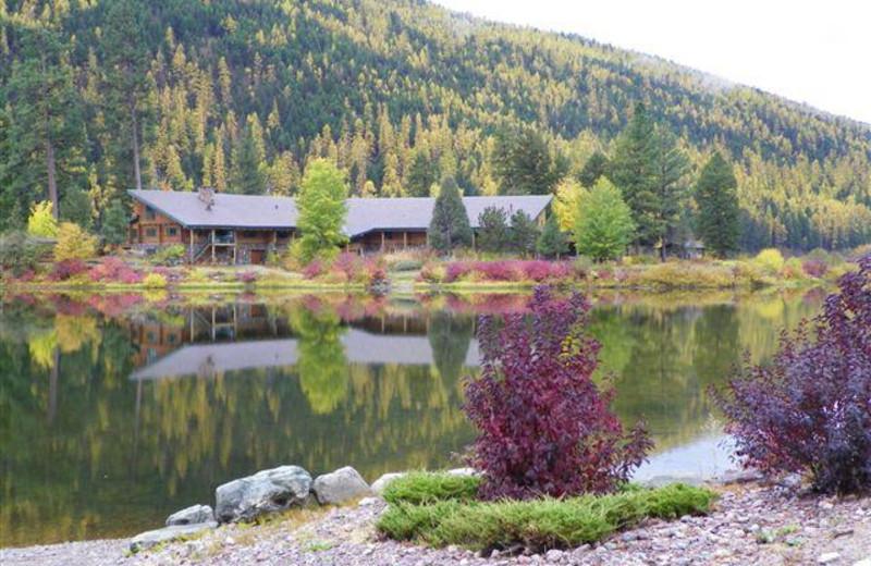Exterior view of Montana Island Lodge.