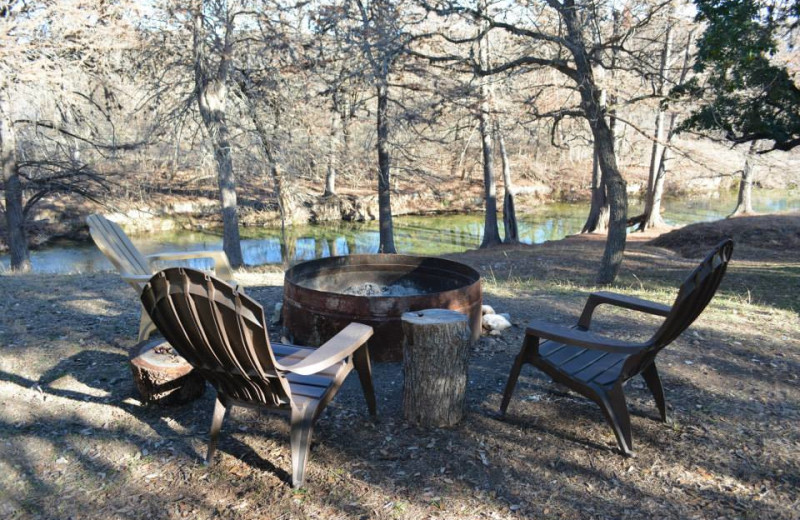 Fire pit at Criders Frio River Resort.