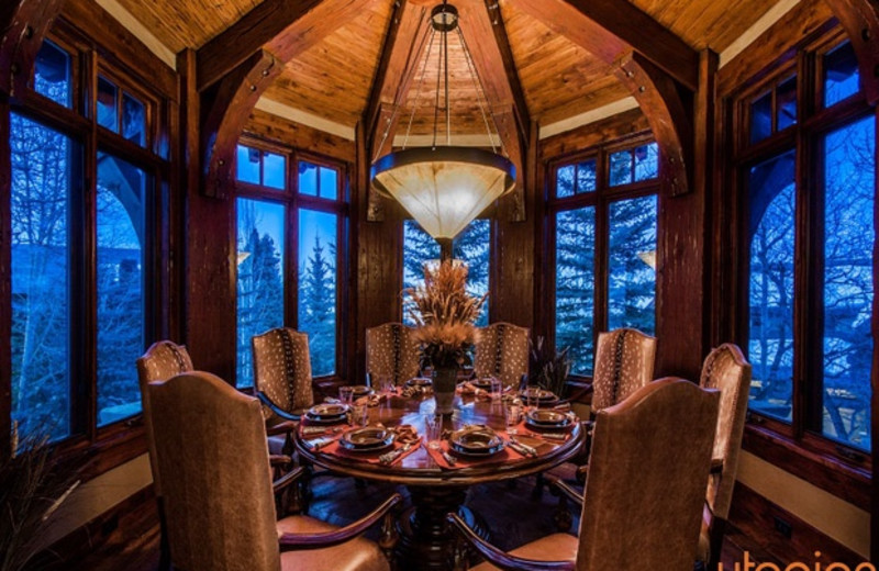 Rental dining room at Utopian Luxury Vacation Homes.