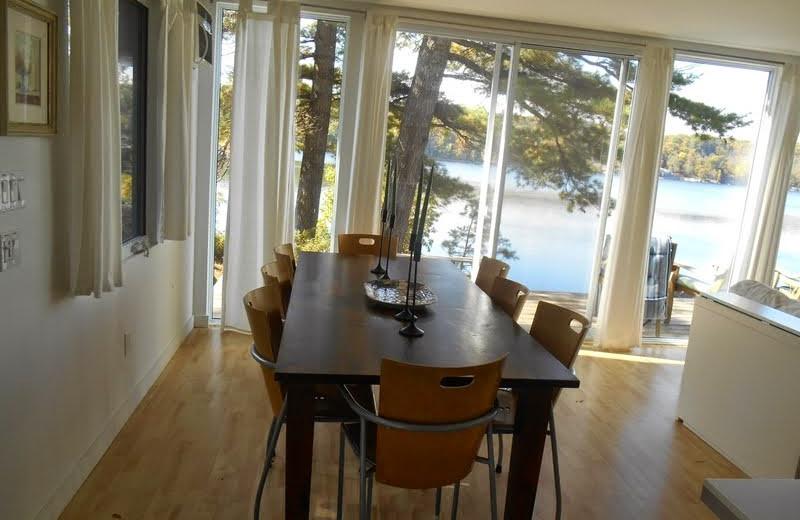 Cottage dining room at Bob's Lake Cottages.