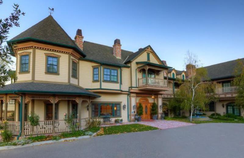 Exterior View of Santa Ynez Inn