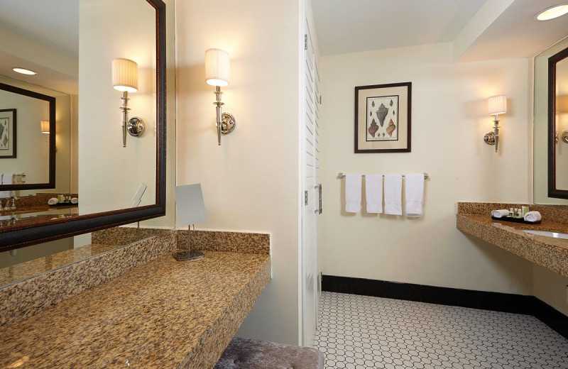 Guest bathroom at Inn at Pelican Bay.
