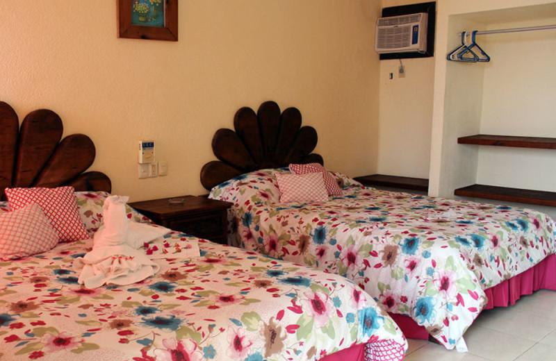 Guest room at Hotel Barracuda.