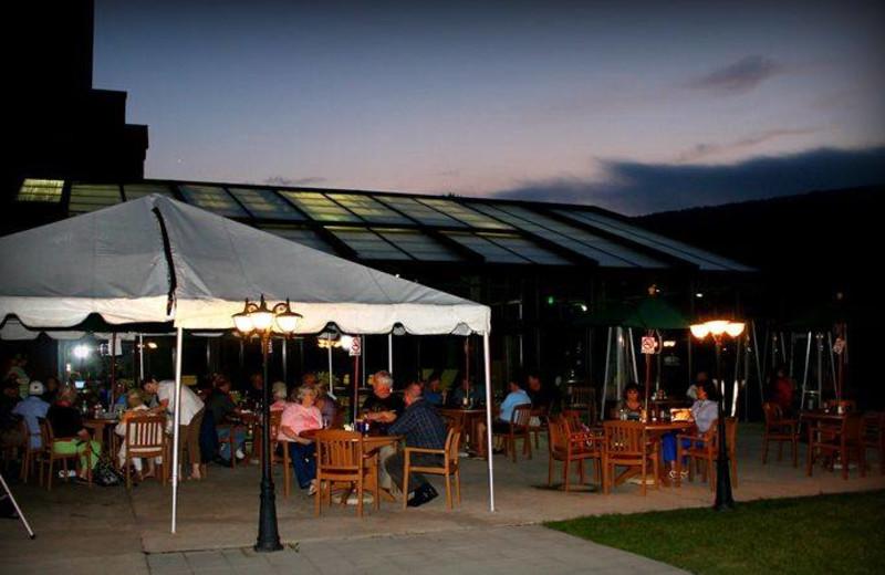 Dining on the patio at Rocky Gap Casino Resort.