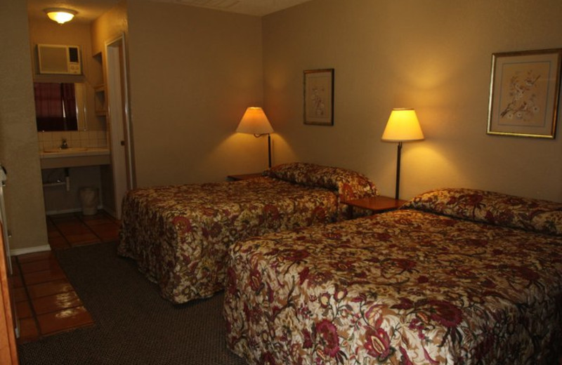 Guest Room at Canyon Lake Cabins & Cottages