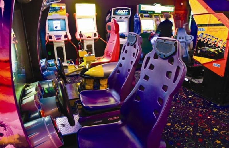 Game room at Wyndham Kingsgate.