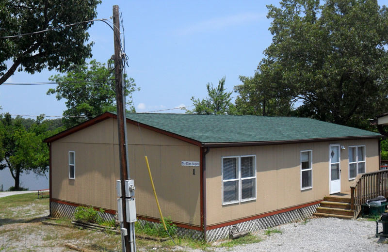 Cottage exterior at King Creek Resort & Marina.