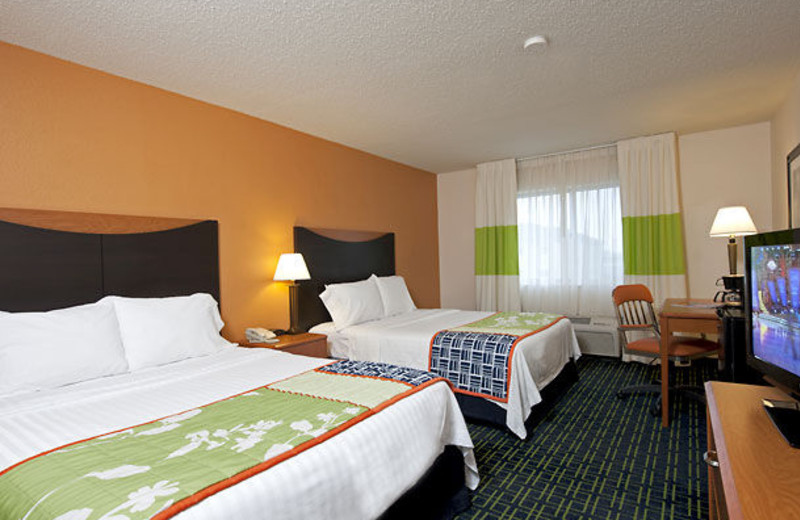 Guest room at Fairfield Inn Saginaw.