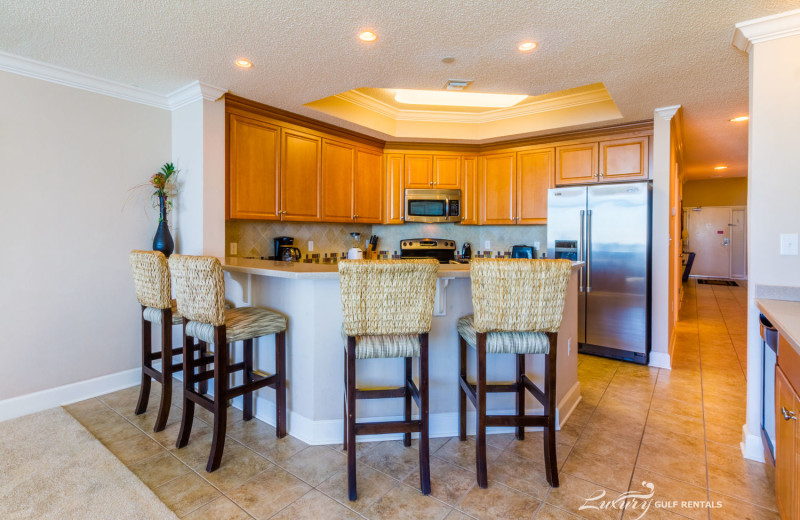 Rental kitchen at LuxuryGulfRentals.com.
