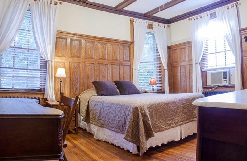 Guest room at Adams Inn.