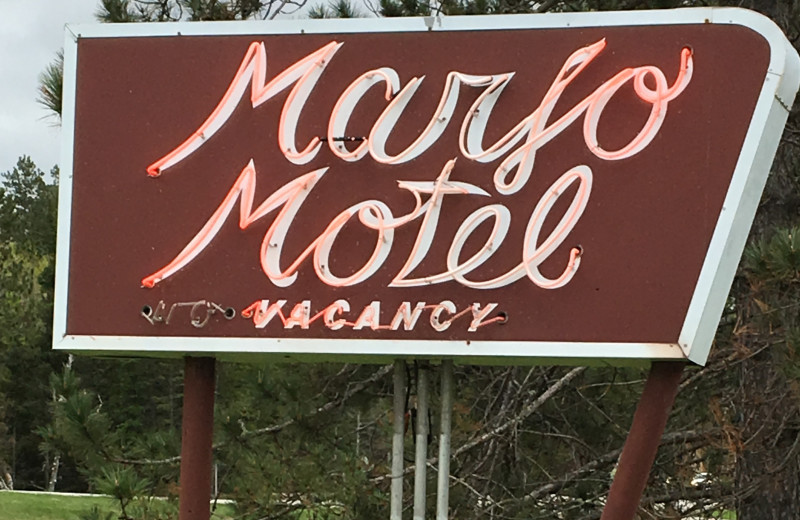 Sign at Marjo Motel.