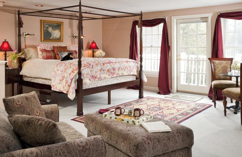 Guest room at Applegate Inn.