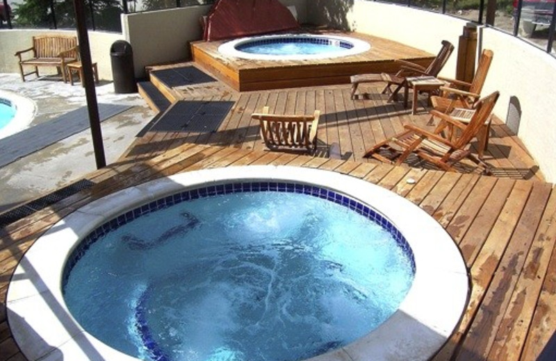 Rental hot tub at Summit Vacations.