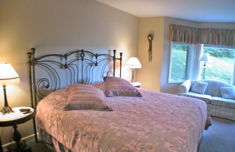 King suite at Birch Ridge Inn.