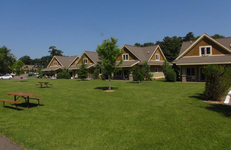 Exterior view of Kavanaugh's Sylvan Lake Resort.
