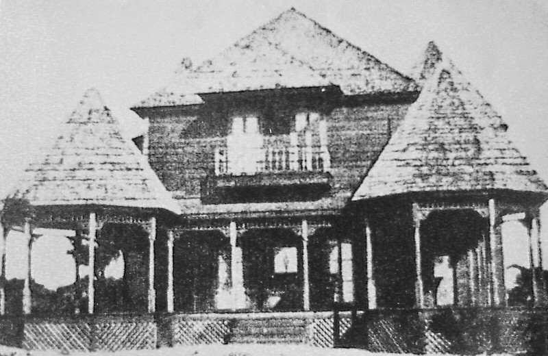 Historic photo of exterior of Casa Ybel Resort.