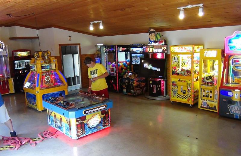 Arcade at Yogi Bear's Jellystone Park Warrens.