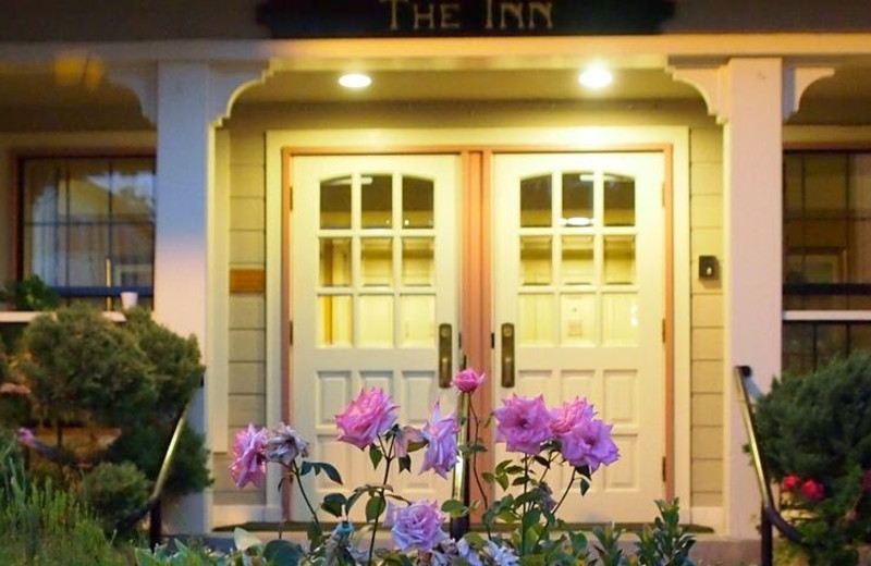 Exterior view of The Inn At Saratoga.