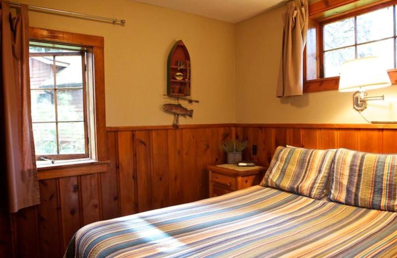 Cabin bedroom at Cold Springs Resort.
