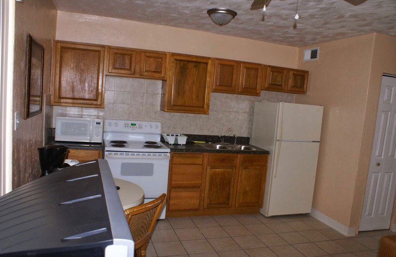 Guest kitchen at Daytona Shores Inn and Suites.