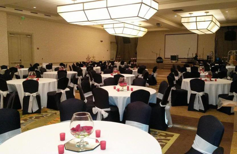 Wedding reception at The Palms of Destin Resort & Conference Center.